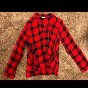 Hollister plaid top! Super cute! NWOT